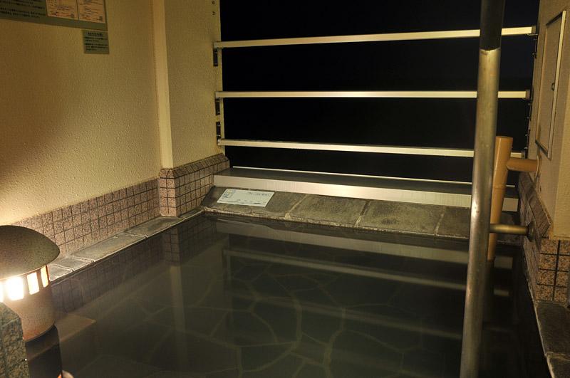 客室に温泉露天風呂
