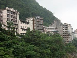 鬼怒川温泉の廃ホテル群