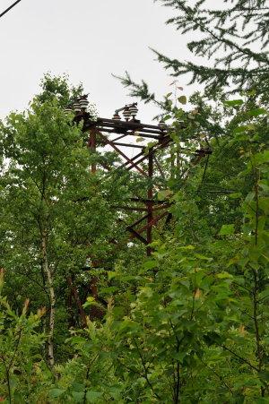 石津硫黄鉱山跡の鉄塔