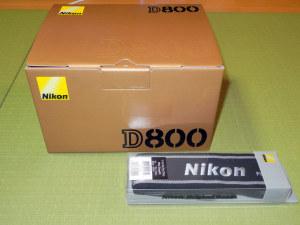 Nikon D800とワイドストラップ