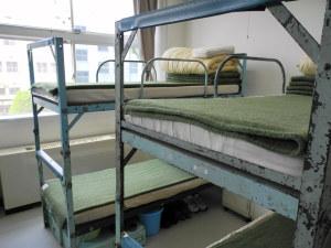 年季の入ったベッド
