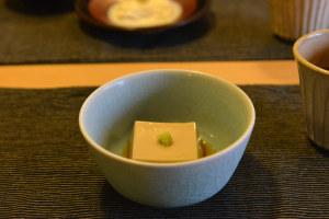 とろっと濃い豆腐