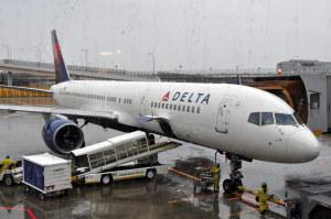 デルタ航空のB757-200