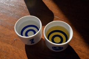 大吟醸「梵」(左)と古酒「蔵守」