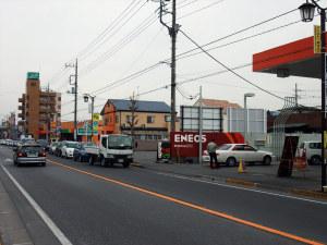 震災後、行列のできたガソリンスタンド
