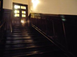 陛下の通る階段