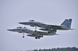 F-15J(72-8893)とF-15DJ(32-8060)