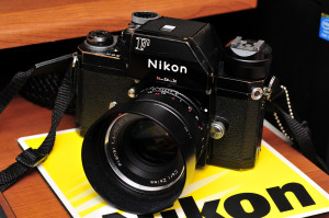Nikon Photomic FTnとCarl Zeiss Planar T* 1.4/50 ZF.2