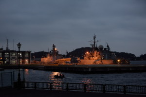 海上自衛隊横須賀基地に停泊中のインド海軍艦艇