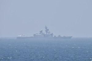 護衛艦「くらま」にCH-101が着艦