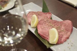 日本酒はワイングラスで