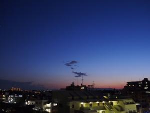 自宅の窓から撮影した夕焼け