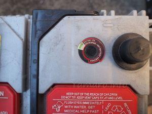 バッテリインジケーターは表示が真っ暗