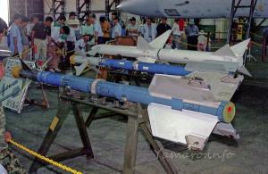 AIM-9L,AAM-3,AIM-7M