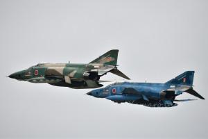 RF-4E改(57-6907 / 57-6913)