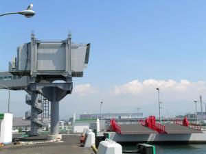 東日本フェリー(当時)のナッチャン用桟橋