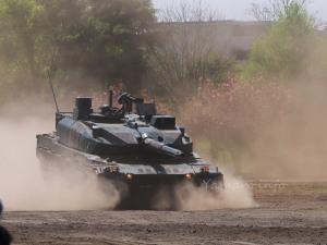 10式戦車フルブレーキ
