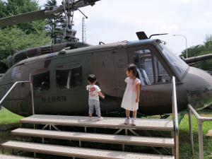 UH-1Hヘリ