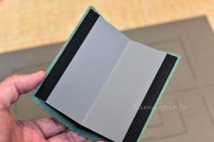 SEKONICの標準反射板はコンパクトで折り畳める