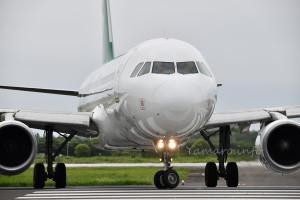 春秋航空 A320-200(B-6852)