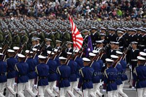 空挺部隊と海上自衛隊部隊