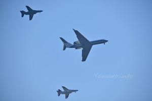 T-4とU-4のオープニングフライト