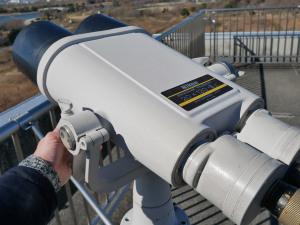 Nikonの大型双眼望遠鏡20X120-III