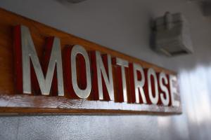 モントローズの銘板