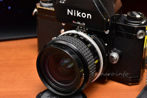 Nikon Photomic FTNに装着したAI Nikkor 24mm f/2
