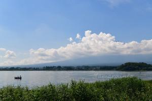 河口湖と富士山…が見えない