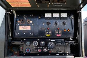 起動車「KM-3」の操作盤
