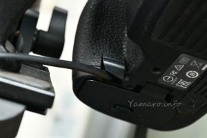 D810ボディのラバー切り欠き部分からEP-5bのケーブルを通す