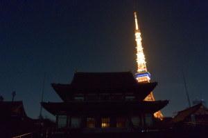 闇の増上寺と東京タワー